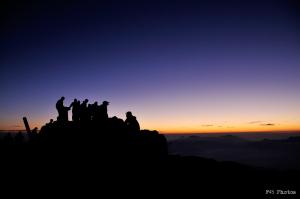 白馬岳山頂での夜明け