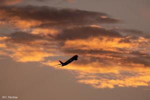 夕暮れ雲とシルエット